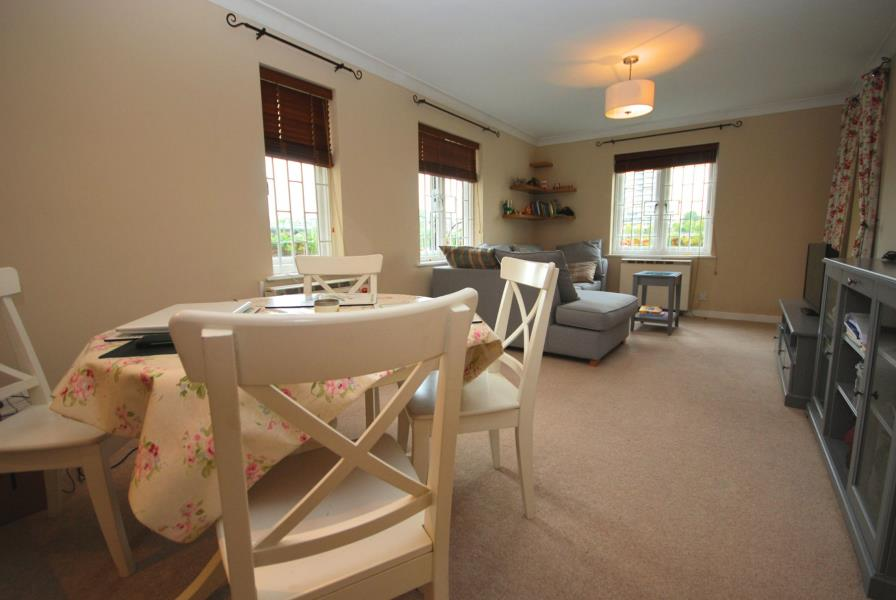 Flats And Apartments To Rent In London L2L388-1020
