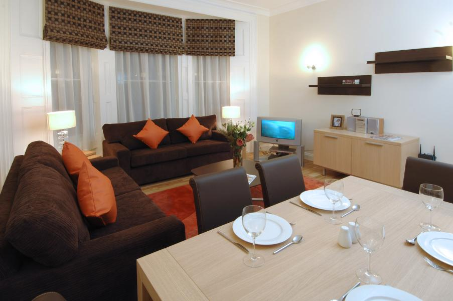 Property To Rent In London L2L388-1045