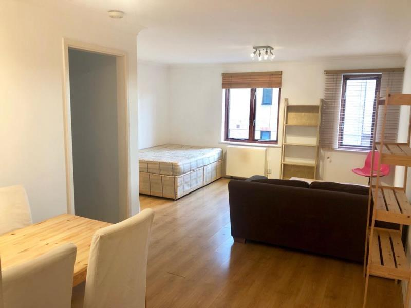 Property To Rent In London L2L388-1170