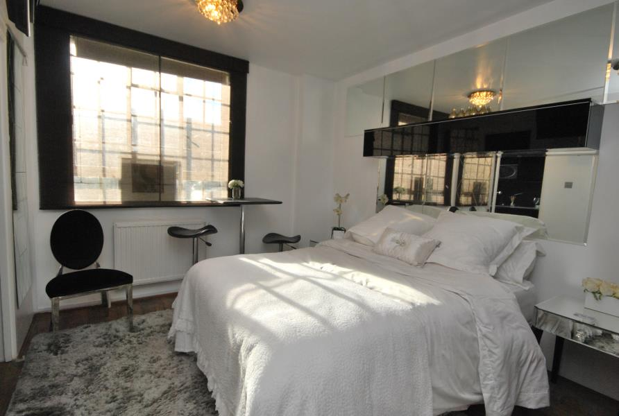 Property To Rent In London L2L388-209