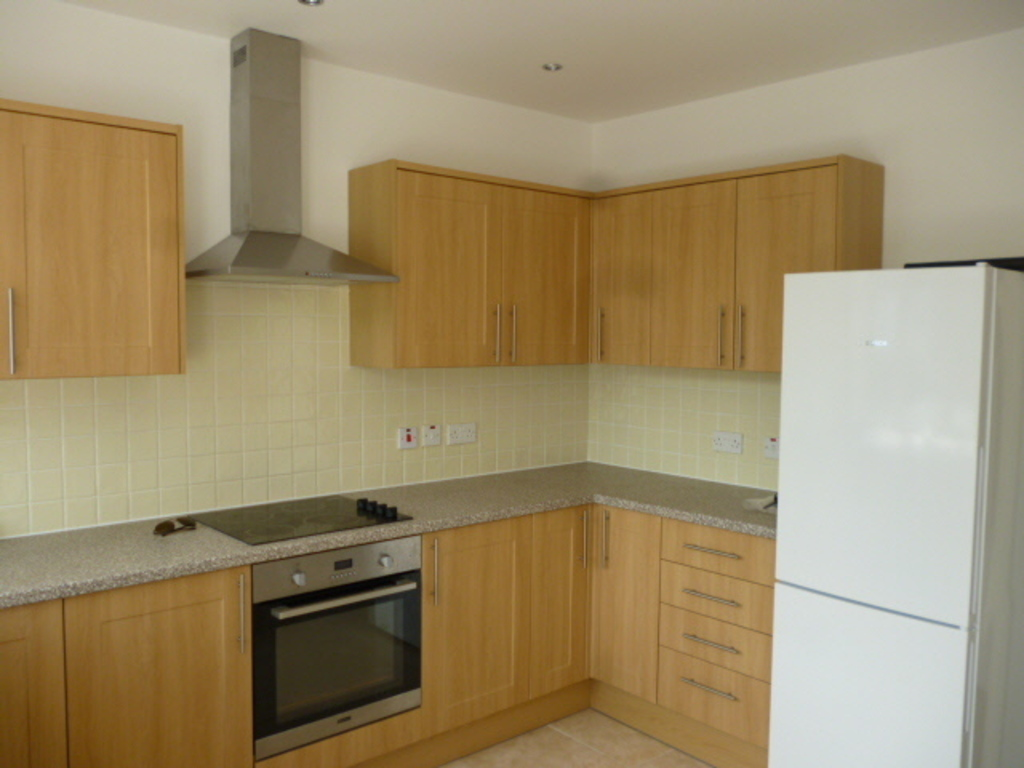 Flats And Apartments To Rent In North Sheen L2L390-224