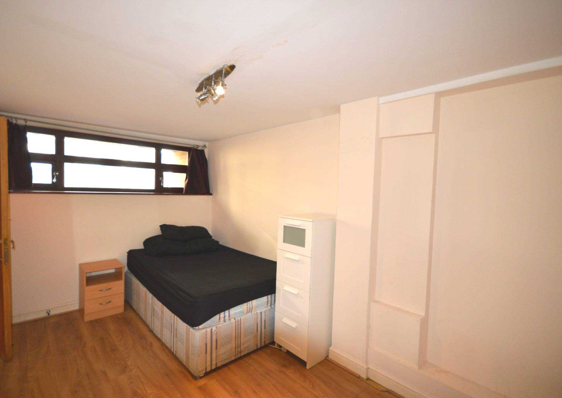 Flatshare To Rent In London L2L3914-1576