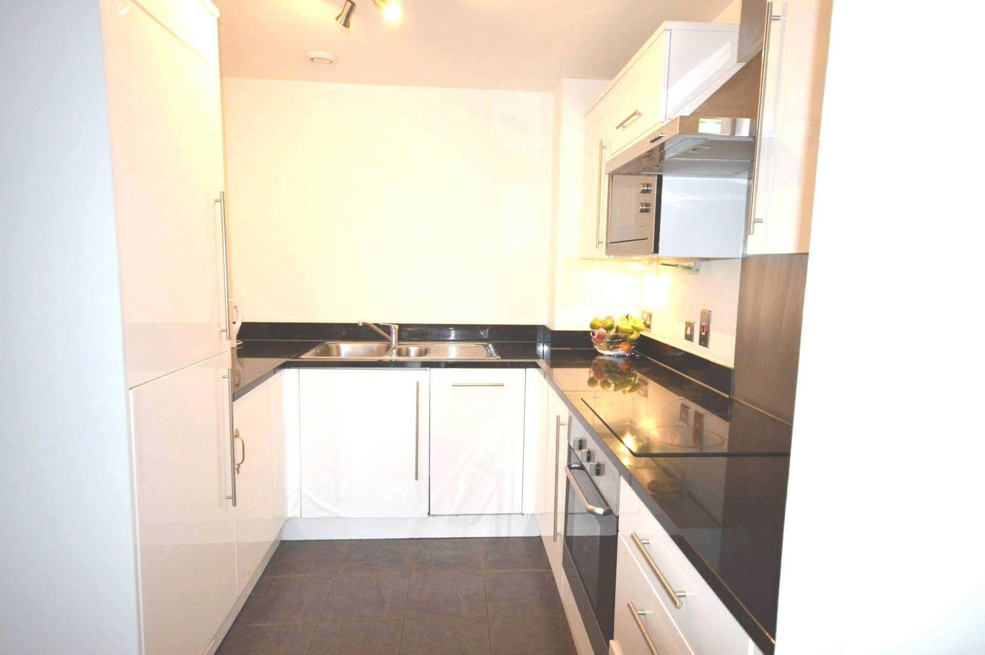Flats And Apartments To Rent In London L2L3914-2741