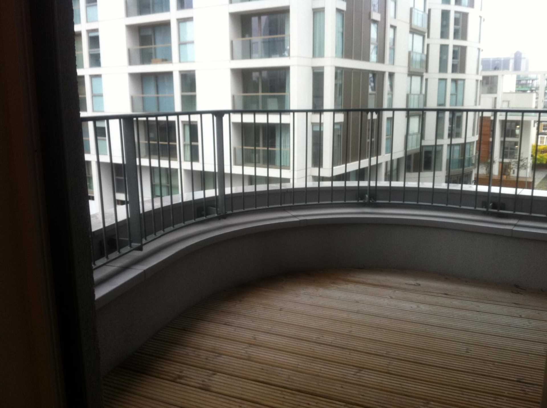 Flatshare To Rent In London L2L3914-1456