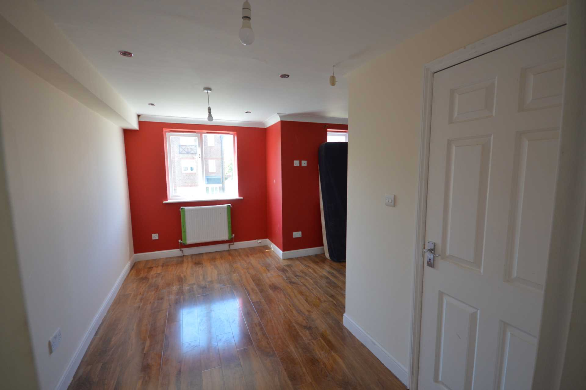 Flatshare To Rent In London L2L3914-707