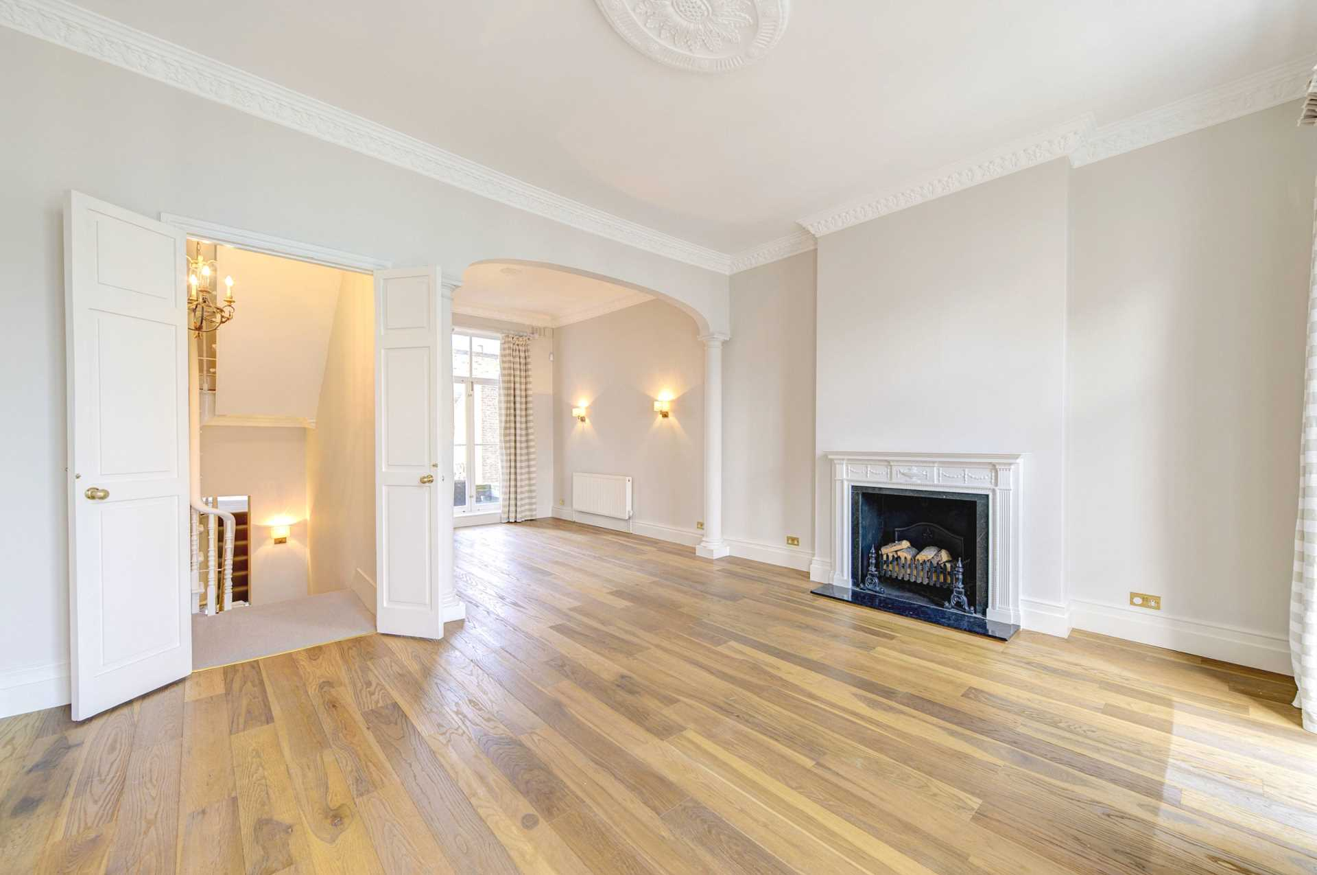 Property To Rent In London L2L3948-320