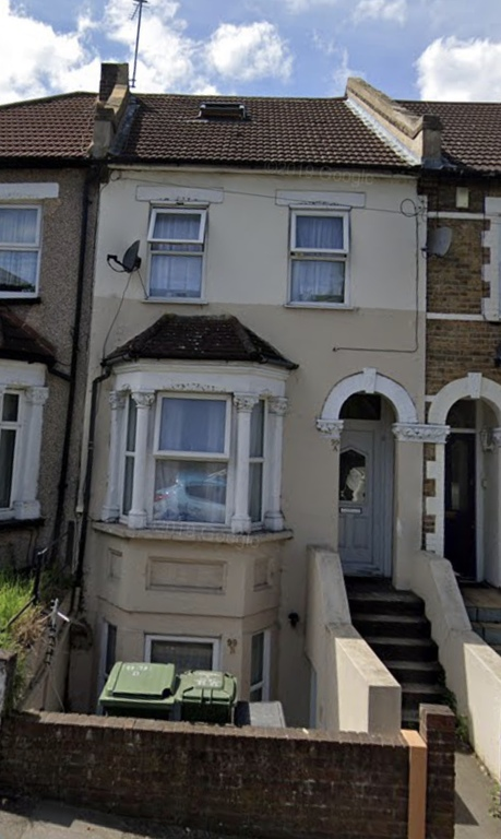 Property To Rent In London L2L395-3156