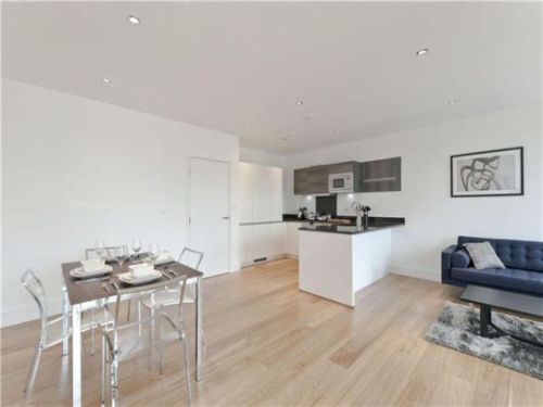 Property To Rent In London L2L402-347