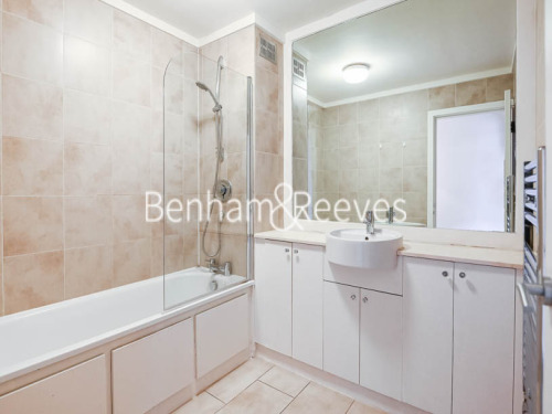 Rent In London L2L404-311
