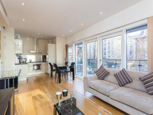 Flats And Apartments To Rent In London L2L404-508
