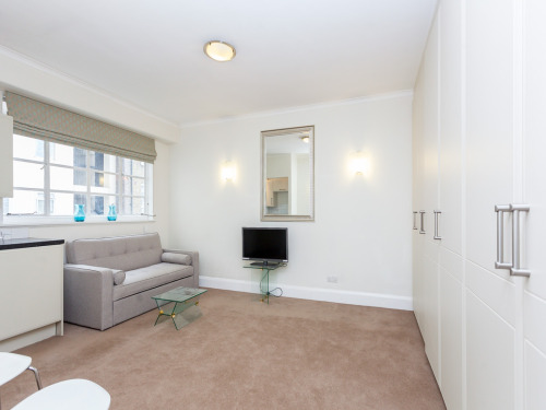 Flats And Apartments To Rent In London L2L404-509