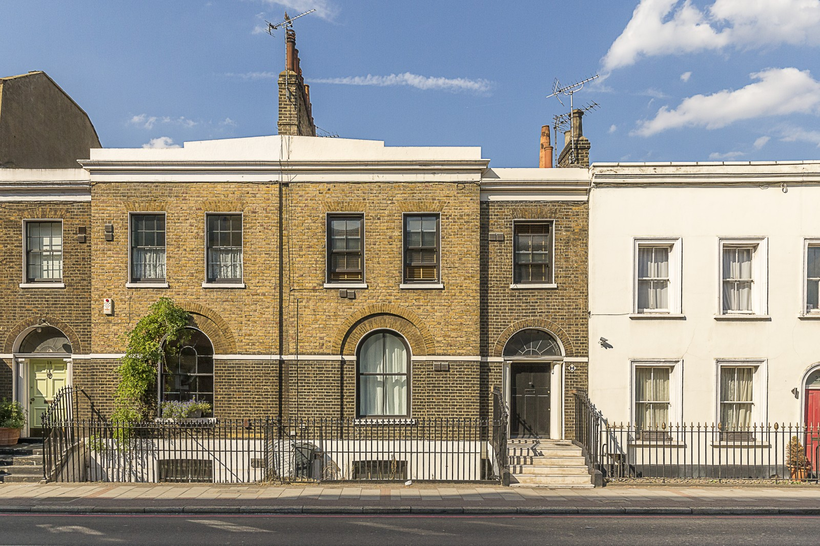 Property To Rent In London L2L4043-624