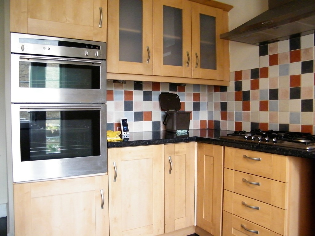 Property To Rent In London L2L412-357