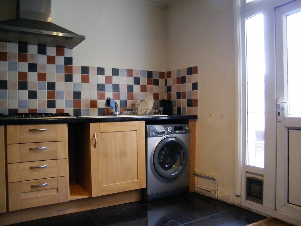 Student To Rent In Norbiton L2L412-357