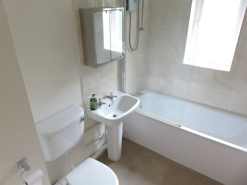 Flats And Apartments To Rent In London L2L4121-447