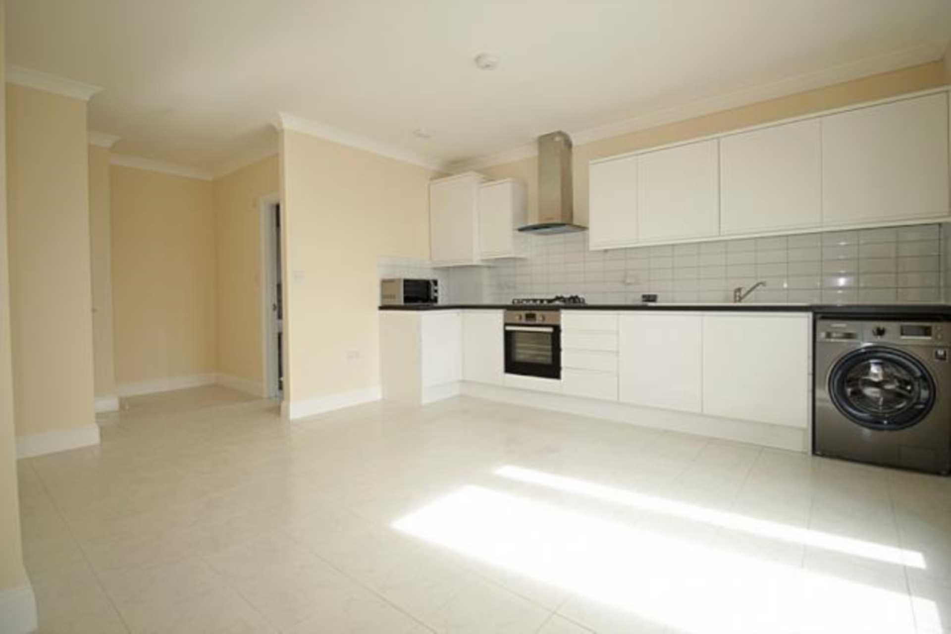 Property To Rent In London L2L4140-1832