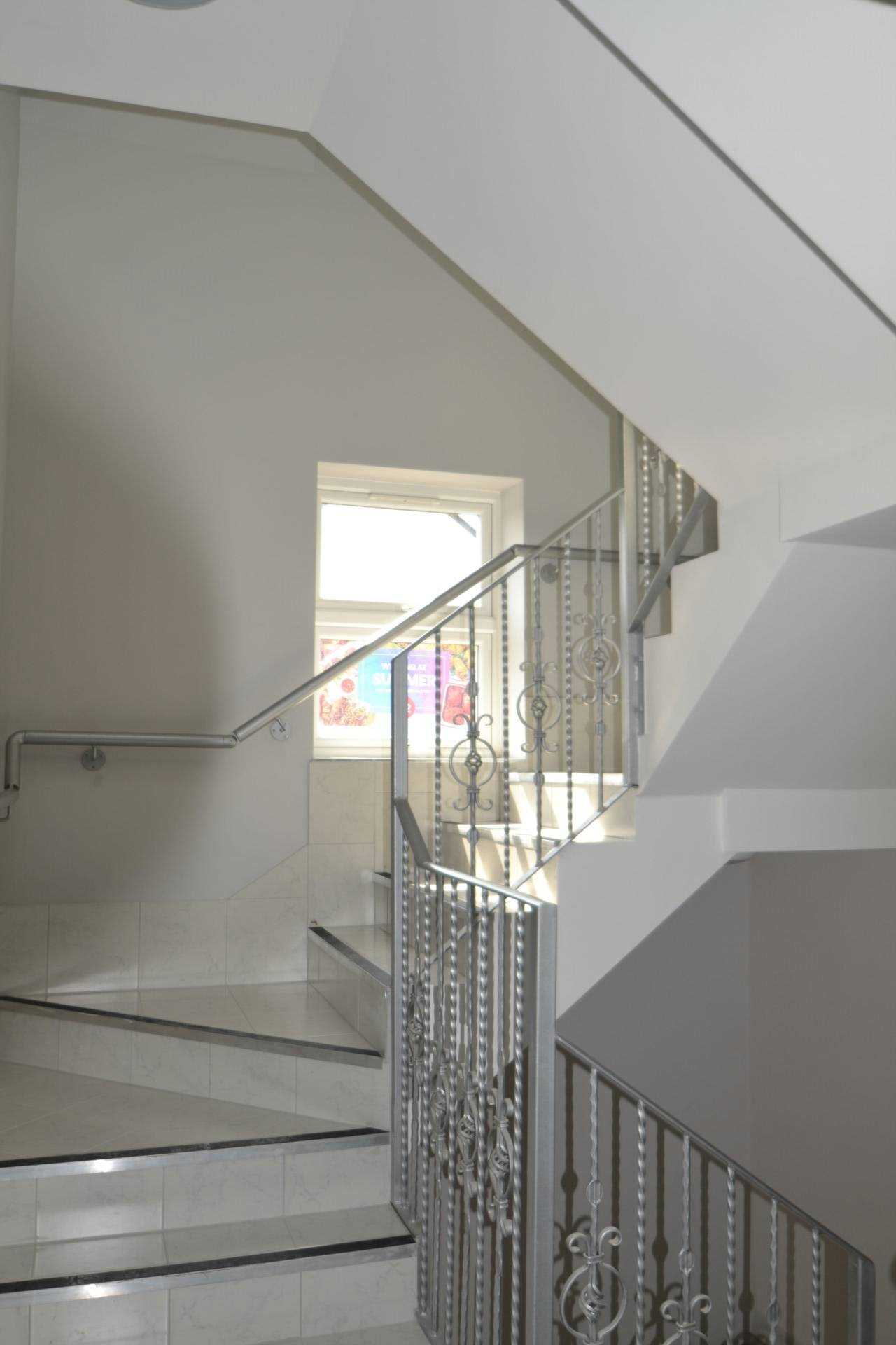 Flats And Apartments To Rent In London L2L4140-1832
