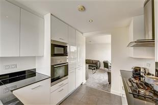Flats And Apartments To Rent In London L2L417-591