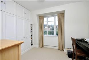 House To Rent In Campden Hill L2L421-703