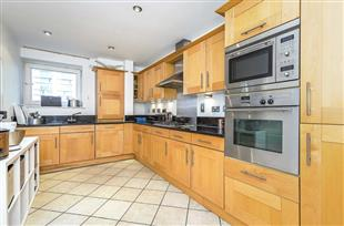 Flats And Apartments To Rent In London L2L421-704