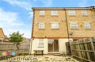 House To Rent In Friern Barnet L2L423-345