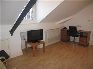 Property To Rent In London L2L425-573