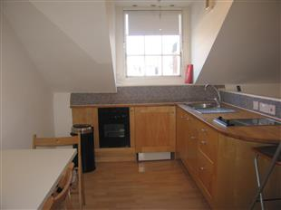 Flats And Apartments To Rent In Castelnau L2L425-573