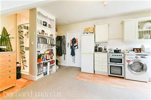 Property To Rent In London L2L429-575