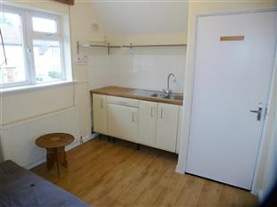 Flats And Apartments To Rent In Cole Park L2L434-398