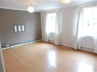 Property & Flats to rent with Barnard Marcus (South Croydon) L2L435-464