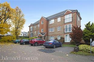 Property & Flats to rent with Barnard Marcus (Sutton) L2L437-359