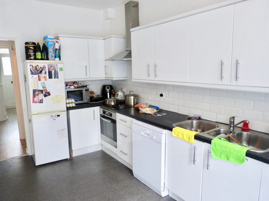 House To Rent In Golders Green L2L4375-843
