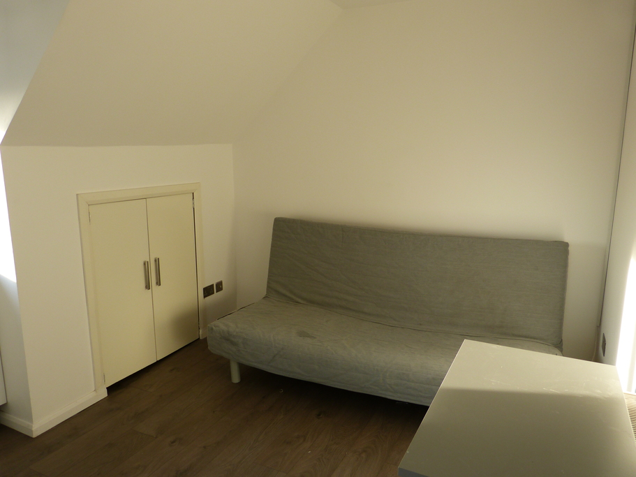 Property To Rent In London L2L4375-504