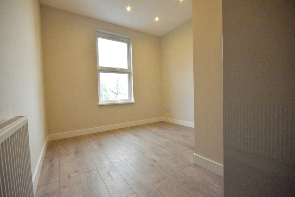 Rent In Finchley Church End L2L4375-625