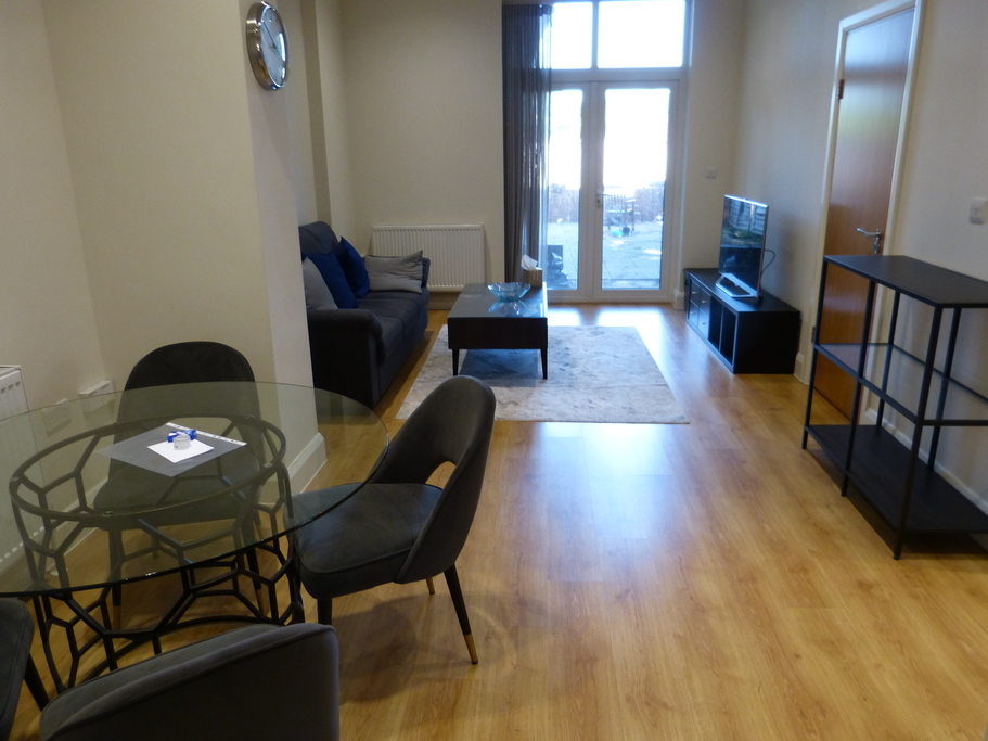 Property To Rent In London L2L4375-751