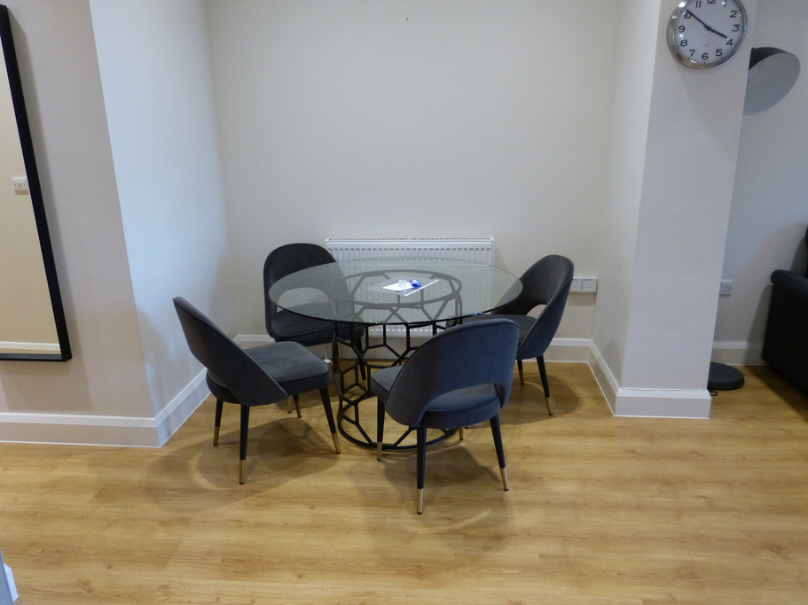 Parking And Other To Rent In Golders Green L2L4375-751