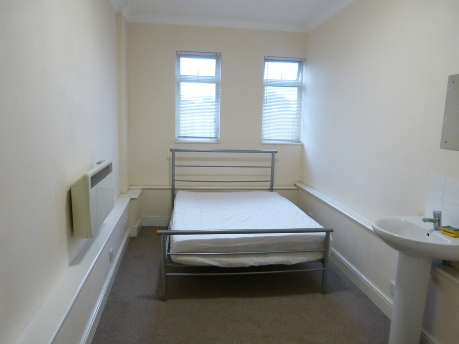 Property To Rent In London L2L4375-835