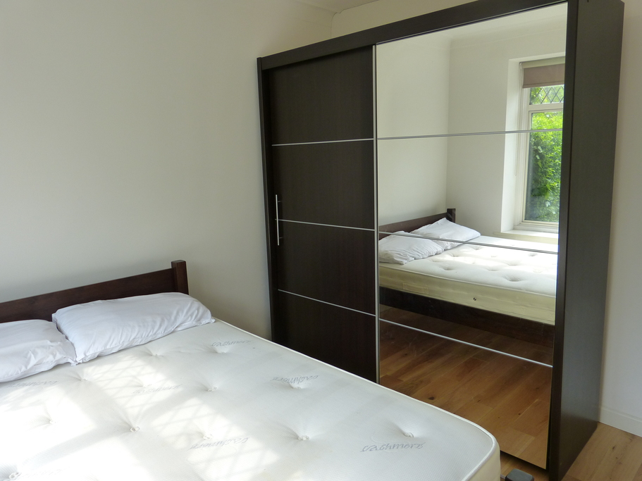 Property To Rent In London L2L4375-900