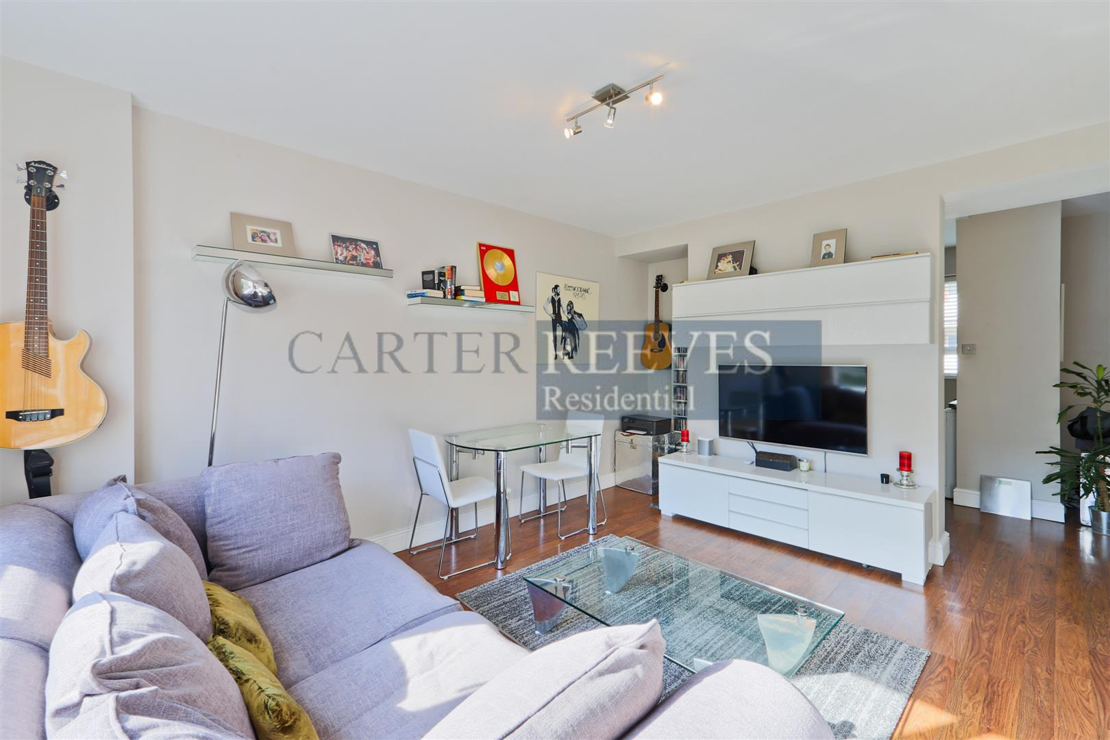 Property To Rent In London L2L4376-893