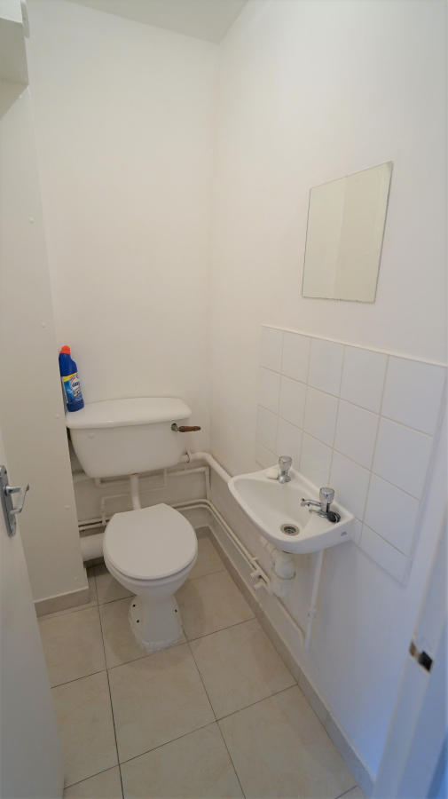 Flatshare To Rent In London L2L4413-1119