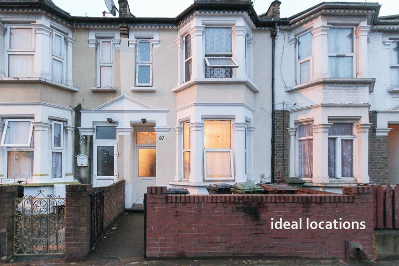 Property & Flats to rent with Ideal Locations L2L4413-475