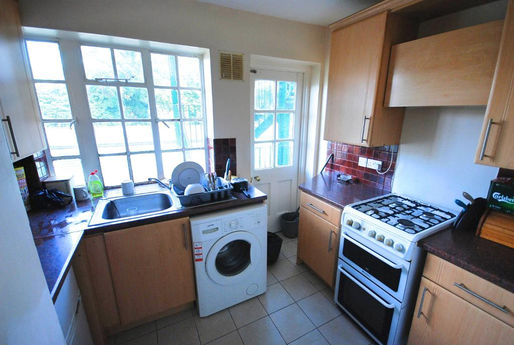 Flats And Apartments To Rent In South Ealing L2L4434-1407