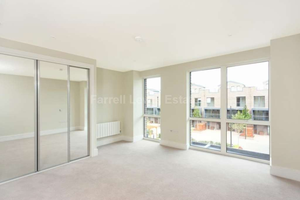 London Rental Property L2L4560-679