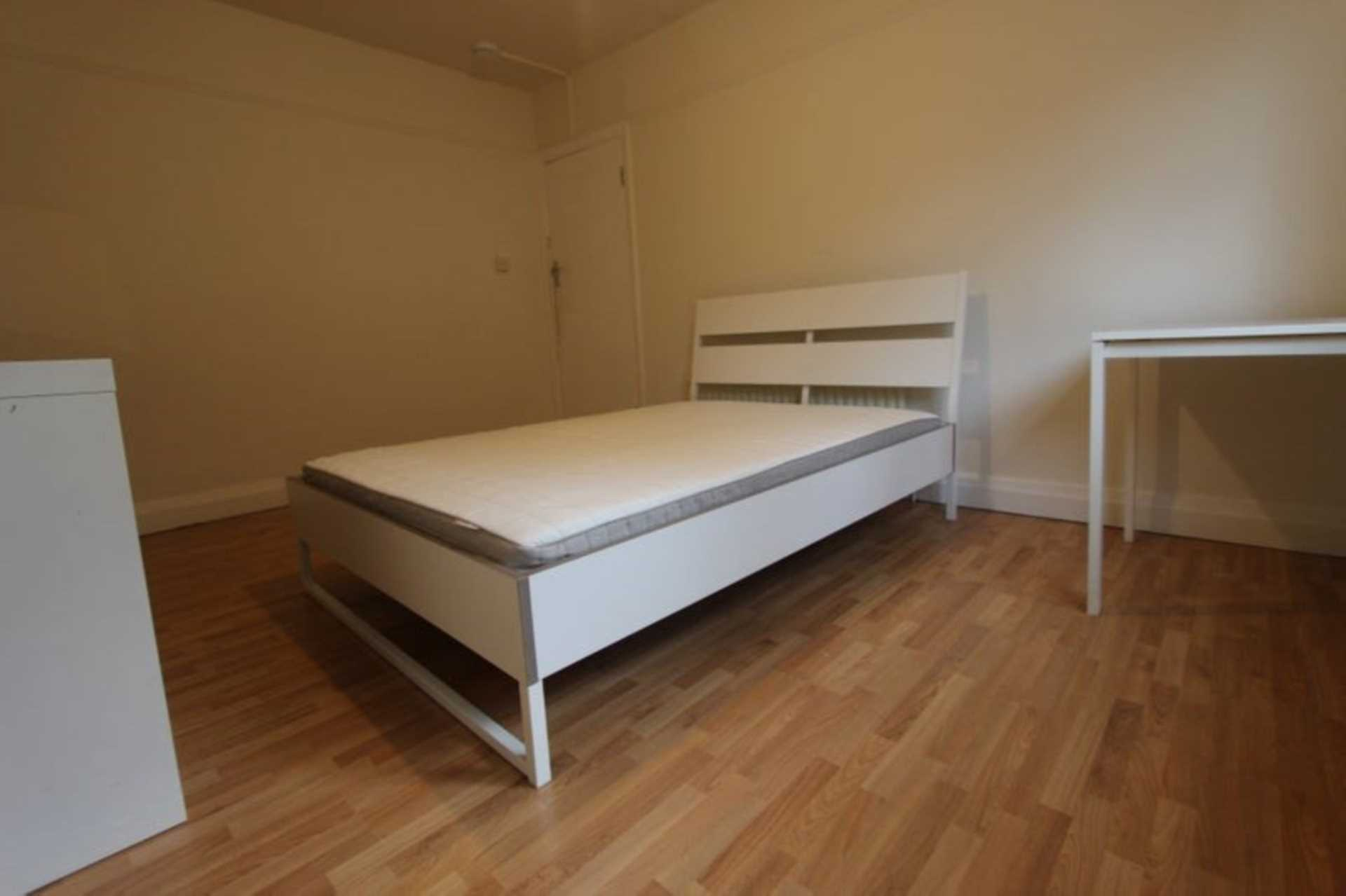 Flatshare To Rent In London L2L4560-702