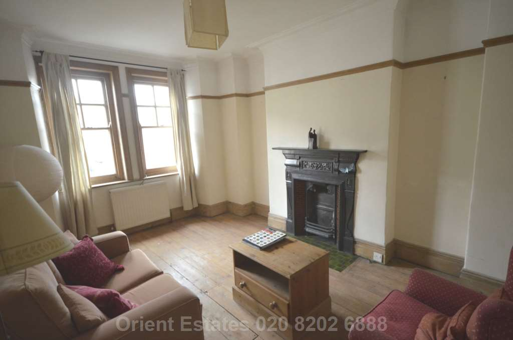 Student To Rent In London L2L4562-343
