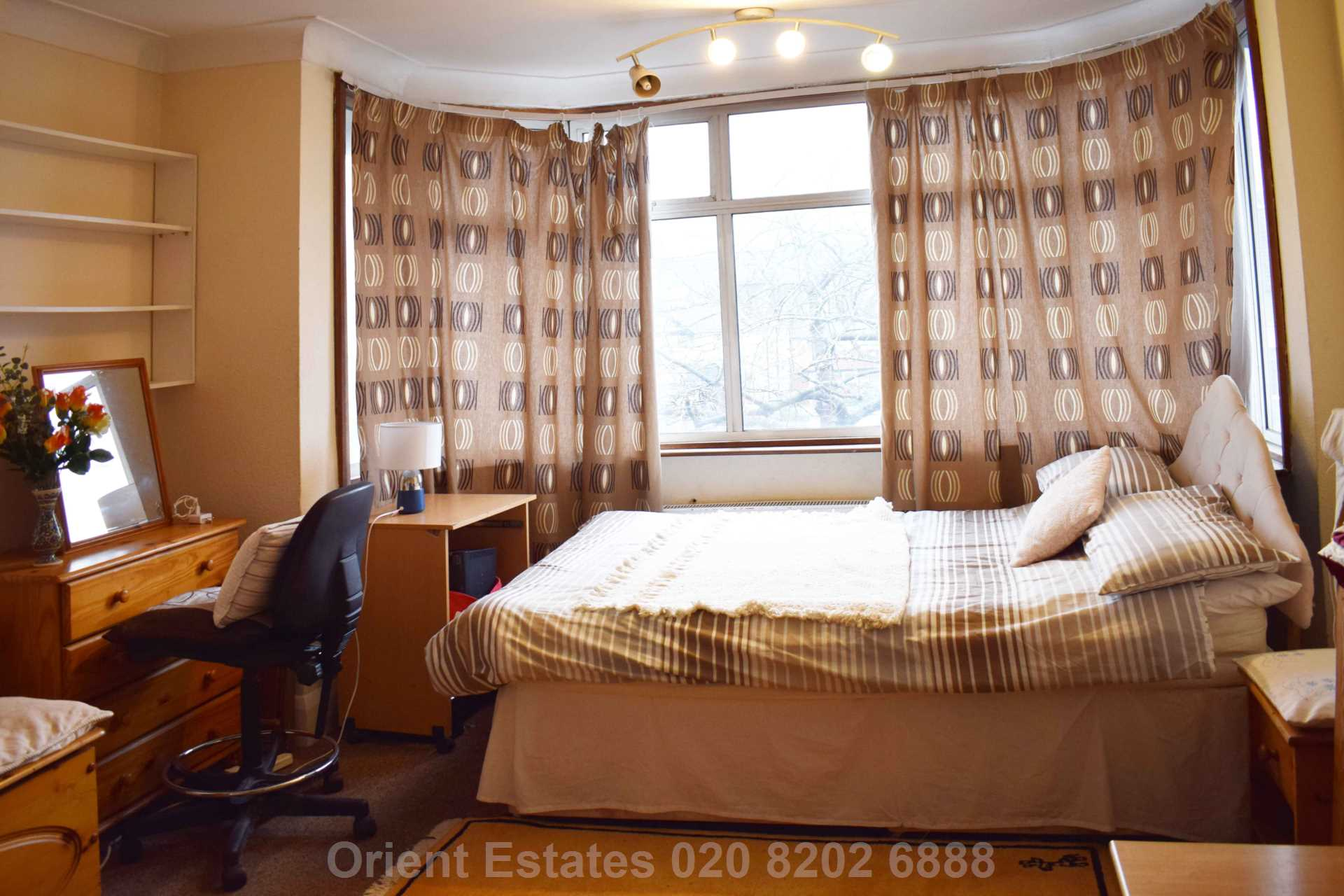 Property To Rent In London L2L4562-303