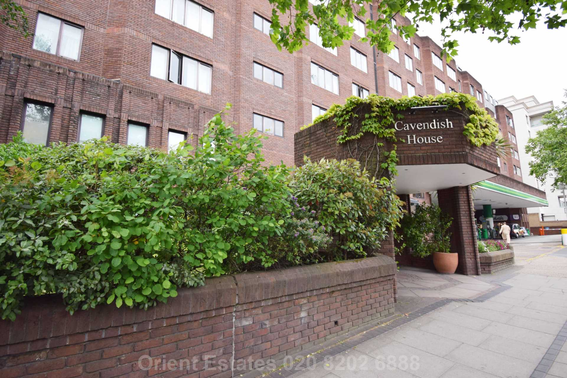 Property To Rent In London L2L4562-331