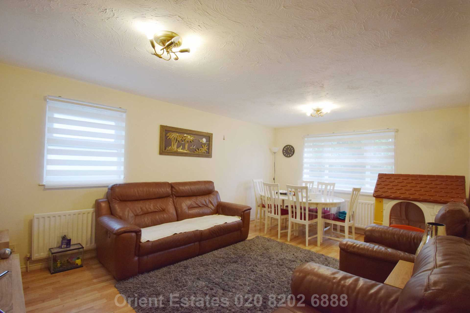 Property To Rent In London L2L4562-332