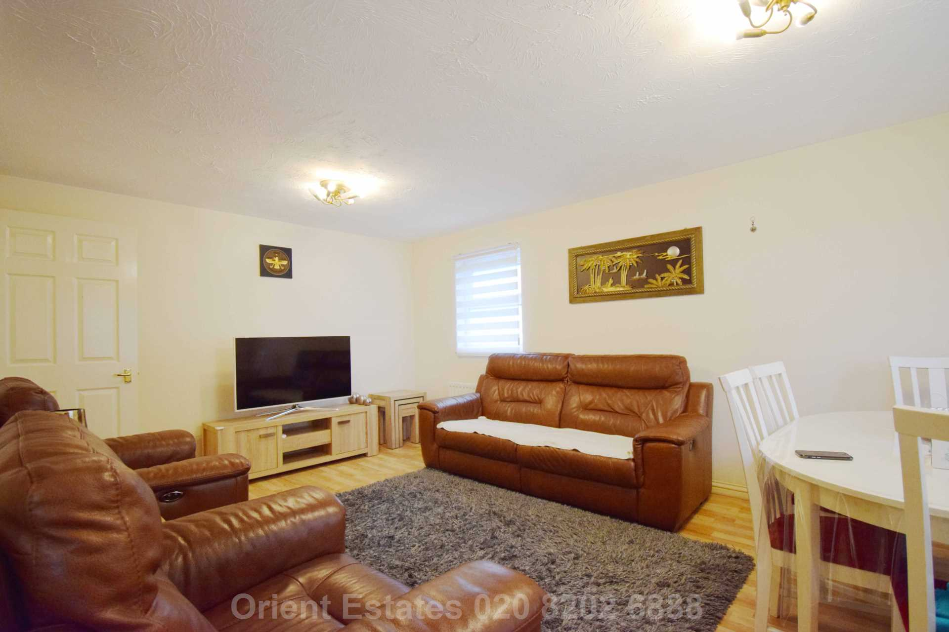 Flats And Apartments To Rent In London L2L4562-332