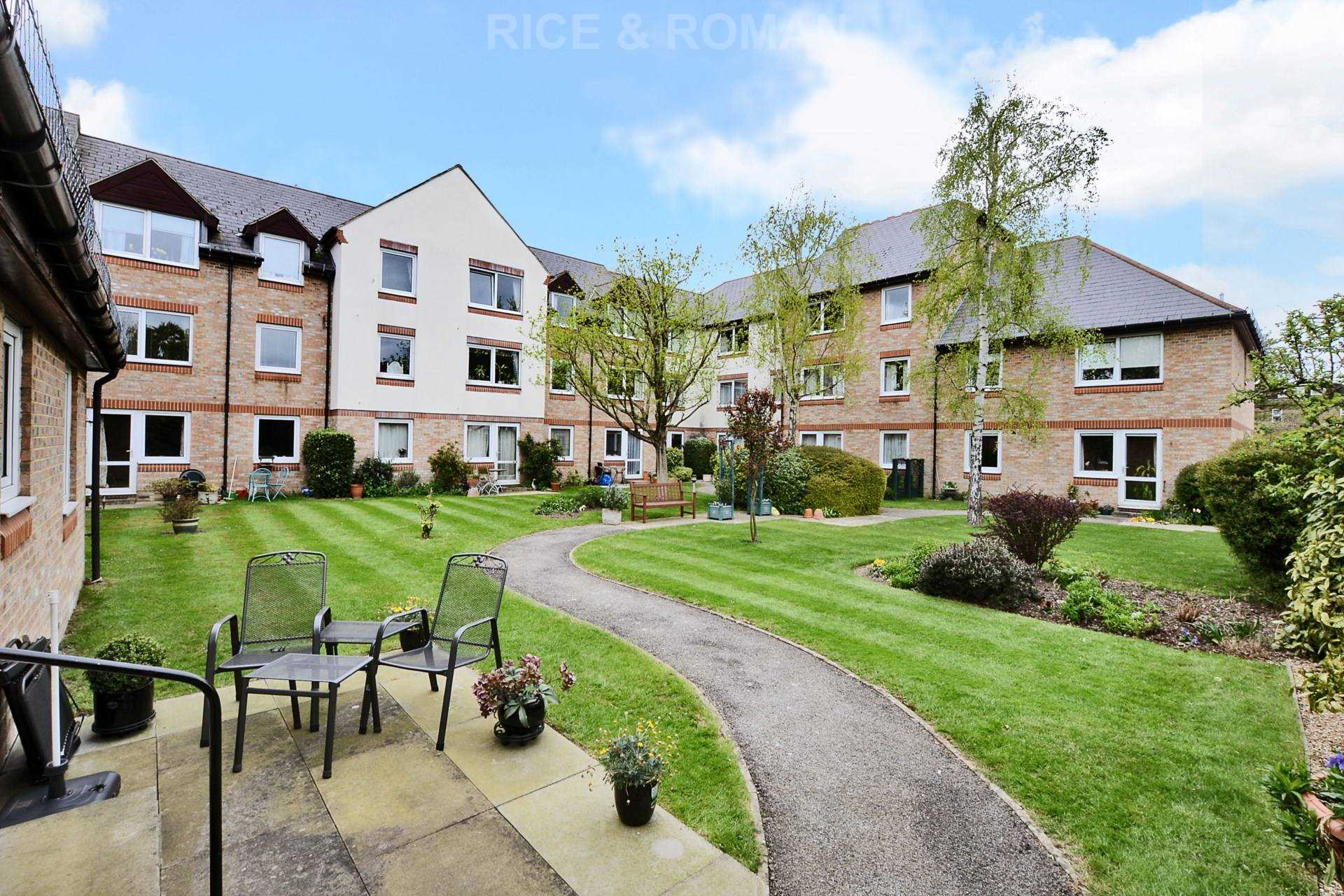 Property To Rent In London L2L4571-191